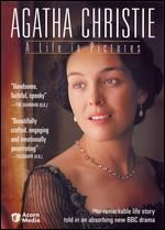 Agatha Christie: A Life in Pictures - Richard Curson Smith