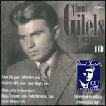 Emil Gilils in Ensembles