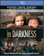 In Darkness [2 Discs] [Blu-ray/DVD]