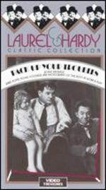 Laurel & Hardy: Pack Up Your Troubles [Vhs]