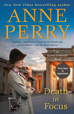 Death in Focus: An Elena Standish Novel - Perry, Anne