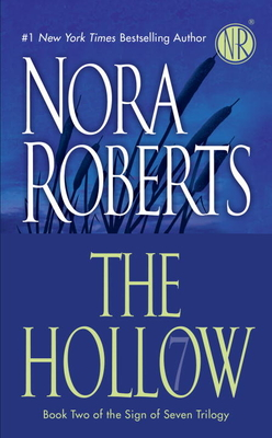 The Hollow - Roberts, Nora