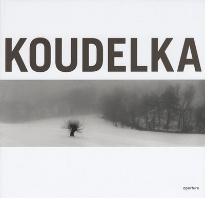 Koudelka - Koudelka, Josef (Photographer), and Delpire, Robert (Text by), and Edde, Dominique (Text by)