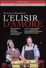 L'Elisir d'Amore (Glyndebourne) - Annabel Arden; Robin Lough
