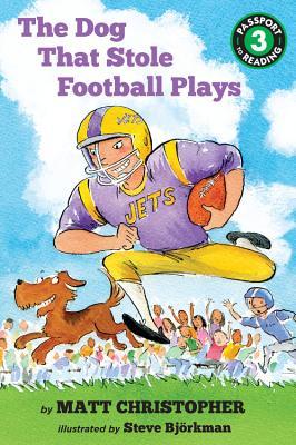 The Dog That Stole Football Plays - Christopher, Matt