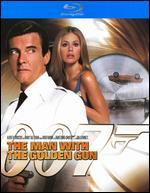 The Man with the Golden Gun [Ultimate Edition] [Blu-ray]