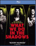 What We Do in the Shadows [Blu-ray] - Jemaine Clement; Taika Waititi