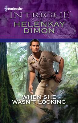 When She Wasn't Looking - Dimon, Helenkay